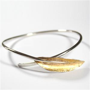 Simple Leaf Bangle