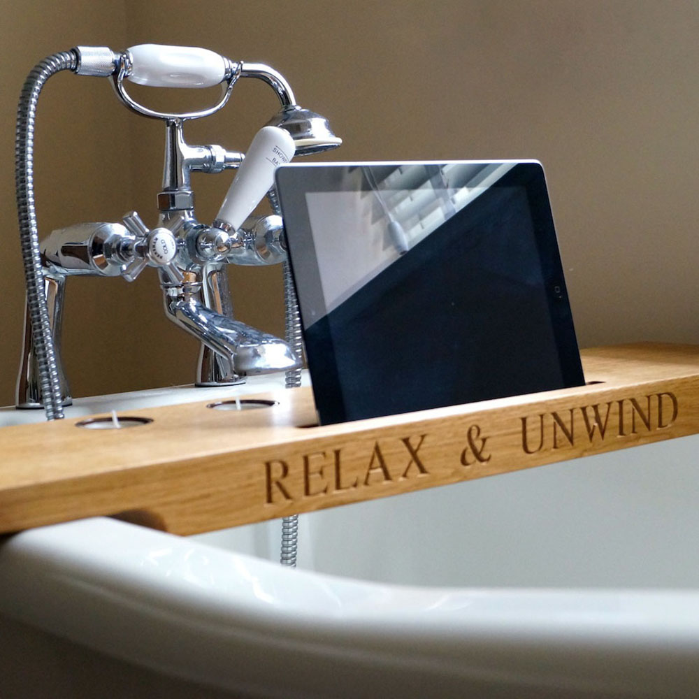 Personalised wooden bath tray gift ideas mygiftgenie for Bathroom tray