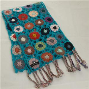 100% Cashmere Crochet Flower Scarf - Turquoise