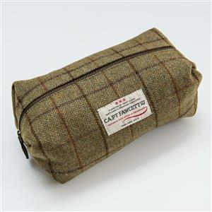 Tweed Wash Bag | Gifts for Men | MyGiftGenie