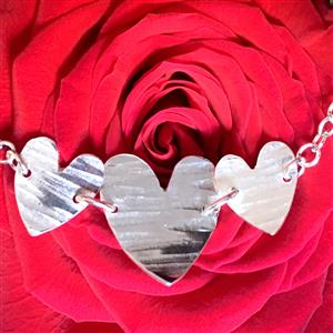 Hammered Hearts Bracelet | Gifts For Her | MyGiftGenie
